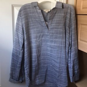 NWT. LOFT outlet blue and white top. Medium Petite